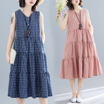 Dress Summer 2021 Navy, yellow, lotus root pink M,L,XL,2XL,3XL Mid length dress singleton  Sleeveless commute V-neck Loose waist lattice Single breasted Big swing other Others 25-29 years old Type A Other / other literature Pockets, panels, buttons 71% (inclusive) - 80% (inclusive) other cotton