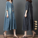 Dress Summer 2021 Blue, black and gray Mid length dress singleton  Short sleeve commute V-neck Loose waist other Socket A-line skirt routine Others 30-34 years old Type A Retro Pocket, button 71% (inclusive) - 80% (inclusive) cotton