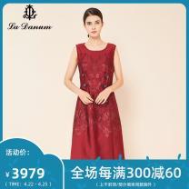 Dress Autumn of 2019 gules 7/S 9/M 11/L 13/XL 15/XXL 17/XXXL Mid length dress Sleeveless commute Crew neck 35-39 years old La Danum / Adana lady 31% (inclusive) - 50% (inclusive) Cellulose acetate