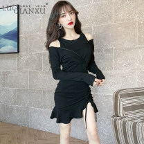 Dress Autumn of 2019 Black [counter quality], red [counter quality] S,M,L,XL,2XL Short skirt singleton  Long sleeves commute Crew neck High waist Solid color Socket Ruffle Skirt routine Others 18-24 years old Type H Luo qianxu Korean version 8478-1 81% (inclusive) - 90% (inclusive) brocade cotton