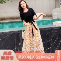 Dress Summer 2021 Yellow blue 2XL M L XL longuette Fake two pieces Short sleeve commute Crew neck middle-waisted Broken flowers Socket Big swing other 25-29 years old Durani Korean version bow More than 95% Chiffon other Other 100% Pure e-commerce (online only)