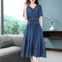 Dress Summer 2021 blue M,L,XL,2XL Mid length dress singleton  Short sleeve street V-neck High waist Solid color Socket A-line skirt routine Others 30-34 years old Type A Nordic Winds Frenulum NW19B8527-1 More than 95% Denim cotton Europe and America