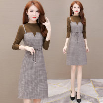 Dress Winter of 2019 Brown M L XL 2XL 3XL 4XL longuette Fake two pieces Long sleeves commute Crew neck High waist lattice Socket other routine Others 35-39 years old Type H Melanie Splicing 019K*19B376 More than 95% polyester fiber Other polyester 95% 5% Pure e-commerce (online only)