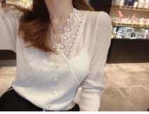 Lace / Chiffon Autumn 2020 White black S M L XL Long sleeves Versatile Socket singleton  Self cultivation Regular V-neck Solid color routine 25-29 years old Qiaonifen qclr64598794614321 Hollow lace 96% and above New polyester 60% others 40% Exclusive payment of tmall