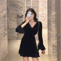Dress Summer 2021 black S,M,L,XL Short skirt singleton  Long sleeves commute V-neck High waist Solid color Socket A-line skirt routine Type A Sandro asw lady 91% (inclusive) - 95% (inclusive)