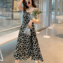 Dress Summer 2021 Suspender dress, long sleeve dress S,M,L,XL longuette singleton  Sleeveless commute other High waist Broken flowers Socket Big swing other Others 18-24 years old Type A Other / other Korean version 51% (inclusive) - 70% (inclusive) Chiffon polyester fiber
