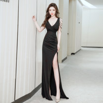 Dress Spring 2021 Black white red S M L XL XXL XXXL XS longuette singleton  Sleeveless Sweet V-neck middle-waisted Solid color zipper A-line skirt other camisole 25-29 years old Type A Xinyu 81% (inclusive) - 90% (inclusive) knitting Polypropylene fiber princess Pure e-commerce (online only)