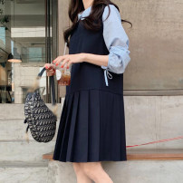 Dress Autumn 2020 Navy Blue Average size Mid length dress singleton  Sleeveless Sweet Crew neck low-waisted Solid color Socket Pleated skirt Others 71% (inclusive) - 80% (inclusive) other college