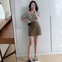 Fashion suit Summer 2021 S M L XL White Floral Top + Khaki Skirt Black Floral Top + Black Skirt Black Floral Top White Floral Top Khaki Skirt Black Skirt 18-25 years old Wan xianbo Other 100% Pure e-commerce (online only)