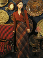 Fashion suit Spring 2021 S,M,L [red Knitted Top + plaid skirt, red Knitted Top + plaid skirt + belt]