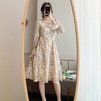 Dress Spring 2021 Decor S,M,L Middle-skirt singleton  Long sleeves commute V-neck middle-waisted Broken flowers other Ruffle Skirt pagoda sleeve Others 18-24 years old Retro Frenulum 31% (inclusive) - 50% (inclusive) Chiffon