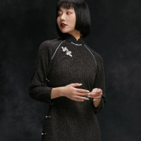 cheongsam Spring 2020 S M L XL XXL Long sleeves long cheongsam Retro High slit daily Oblique lapel Solid color 25-35 years old Piping The charm of flag cotton 51% (inclusive) - 70% (inclusive)