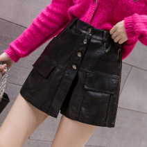 Casual pants black S M L XL 2XL Autumn 2020 shorts Wide leg pants High waist commute routine 18-24 years old 81% (inclusive) - 90% (inclusive) L8757Z Zodanlai (dress) PU leather Korean version Button Other 100.00% Pure e-commerce (online only) Asymmetry