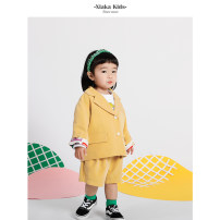 suit Gaka yellow 80cm,90cm,100cm,110cm,120cm neutral spring and autumn Original design other 2 pieces routine There are models in the real shooting Single breasted nothing Solid color polyester six hundred and one - 0103 other Chinese Mainland Zhejiang Province Hangzhou