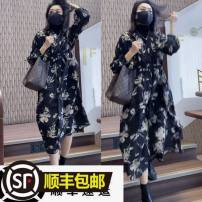 Dress Autumn 2020 Printed Dress (lined) - P20 S is less than 110 Jin, M is less than 125 Jin, l is about 150 Jin longuette singleton  Long sleeves V-neck High waist Big swing 25-29 years old Other / other J75666 Chiffon