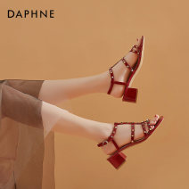 Sandals 34 35 36 37 38 39 Off white light blue black 3102 red PU Daphne / Daphne Barefoot Thick heel Middle heel (3-5cm) Summer 2021 Flat buckle Europe and America Solid color Adhesive shoes Youth (18-40 years old) rubber daily Back space Low Gang Hollow PU PU 202003113D-668092 Flat buckle Shaving