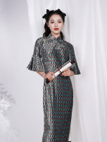 cheongsam Spring 2021 S M L XL Picture color Long sleeves long cheongsam Retro Low slit daily Oblique lapel Decor 25-35 years old Piping Green house chant Old lady polyester fiber Polyester 100% Same model in shopping mall (sold online and offline) 96% and above