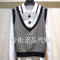 Vest Spring 2020 khaki Two, three, four, five routine V-neck Versatile lattice No buckle 1006-701052-6051953 straps Xgirdearst / heathy 31% (inclusive) - 50% (inclusive) cotton printing
