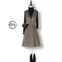 Dress Winter 2020 S M L XL XXL XXXL Middle-skirt Two piece set Sleeveless commute V-neck High waist Solid color other A-line skirt routine straps 25-29 years old Type A Man Yi (clothing) lady Three dimensional decorative strap and strap button 3D LYQ5681Y More than 95% polyester fiber