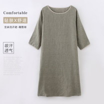 Nightdress Kimo Linpo Olive Green Linen Dress Average size Simplicity three quarter sleeve Leisure home longuette autumn Solid color youth Crew neck cotton More than 95% flax A085 200g and below Autumn 2020 Flax 100% Same model in shopping mall (sold online and offline)