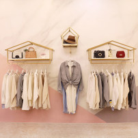 Clothing display rack Dfzsq-102 is 100 long, dfzsq-102 is 120 long, dfzsq-102 is 150 long, the small house is hanging, the total length of three piece set is 2.4 meters, the total length of three piece set is 2.8 meters, and the total length of three piece set is 3.4 meters clothing iron Art student