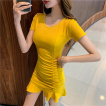 Dress Spring 2020 Temperament black fashion yellow S M L XL Mid length dress singleton  Short sleeve commute V-neck High waist Solid color Socket Ruffle Skirt routine Others 25-29 years old Type X Dazzle the phantom Korean version Splicing xmyQ001 91% (inclusive) - 95% (inclusive) other cotton