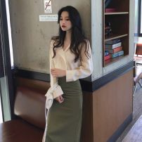 Fashion suit Autumn 2020 S M L XL Apricot Top + green skirt yellow top + white skirt red top + white skirt 18-25 years old Tact Polyester 100% Pure e-commerce (online only)