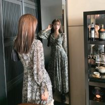 Dress Autumn 2020 Broken flowers S,M,L Mid length dress singleton  Long sleeves commute V-neck High waist Abstract pattern Socket Big swing shirt sleeve Others 18-24 years old Type A Other / other Korean version fold LYQ0268 91% (inclusive) - 95% (inclusive) Chiffon polyester fiber
