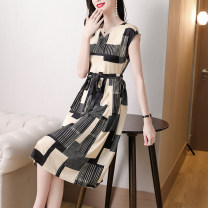 Dress Summer 2021 Picture color M L XL 2XL 3XL 4XL Mid length dress singleton  Short sleeve commute V-neck middle-waisted A-line skirt 35-39 years old Type A Mu Yixin Korean version printing XBH6601 More than 95% other Other 100% Pure e-commerce (online only)