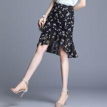skirt Summer 2020 M,L,XL,2XL,3XL,4XL Black, notes Short skirt Versatile High waist skirt Decor Type A 25-29 years old 81% (inclusive) - 90% (inclusive) Chiffon Other / other Asymmetric, zipper, print