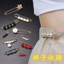 Brooch Alloy / silver / gold RMB 1.00-9.99 Dita brand new goods in stock Japan and South Korea female Fresh out of the oven Not inlaid Plants and flowers