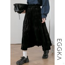skirt Autumn 2020 Average size black Middle-skirt Versatile High waist Solid color Type A 18-24 years old B20258-B 51% (inclusive) - 70% (inclusive) EGGKA acrylic fibres fold