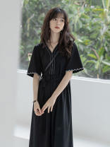 Dress Summer 2021 black S M L XL Mid length dress singleton  Short sleeve commute V-neck High waist Solid color Socket A-line skirt routine Others 18-24 years old Retro 51% (inclusive) - 70% (inclusive) polyester fiber Polyester 60% other 40% Pure e-commerce (online only)