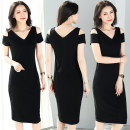 Dress Summer 2021 black M L XL 2XL 3XL 4XL Mid length dress singleton  Short sleeve commute V-neck middle-waisted Solid color Socket One pace skirt routine Others 40-49 years old Type H Examinedu / screening Korean version thread 91% (inclusive) - 95% (inclusive) cotton Pure e-commerce (online only)