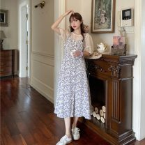 Fashion suit Summer 2021 Average size White top piece , Purple Floral Skirt piece 18-25 years old 4/9