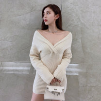 Dress Winter 2020 Black apricot S M L Short skirt singleton  Long sleeves commute V-neck High waist Solid color Socket One pace skirt routine Breast wrapping 25-29 years old Type X Ounynyca / oneica Korean version Splicing More than 95% knitting polyester fiber Polyester 100%