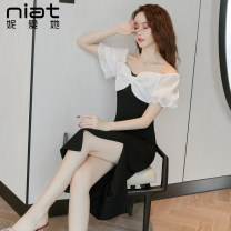 Dress Summer 2020 black S M L Mid length dress singleton  Short sleeve commute V-neck High waist Solid color zipper One pace skirt puff sleeve 25-29 years old NIAT Korean version Resin fixation of bow zipper 30% and below polyester fiber Pure e-commerce (online only)