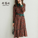 Dress Spring of 2019 Coffee printing S M L XL XXL Mid length dress singleton  Long sleeves commute High waist Broken flowers Socket Others 25-29 years old Caidaifei Korean version L405RX More than 95% polyester fiber Polyester 97% polyurethane elastic fiber (spandex) 3%