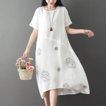 Dress Summer of 2019 White, black, red L XL 2XL Mid length dress singleton  Short sleeve commute Crew neck Loose waist Decor Socket Irregular skirt routine Others 30-34 years old Type A Gentle and elegant literature printing RSY1905255 71% (inclusive) - 80% (inclusive) other