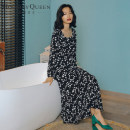 Dress Spring 2020 black 155/S 160/M longuette singleton  Long sleeves commute square neck High waist Broken flowers Socket A-line skirt puff sleeve Others 25-29 years old Type A Holiday queen ethnic style Zipper printing HQ20-S8678 More than 95% other polyester fiber Polyester 100%