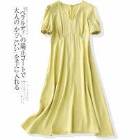 Dress Summer 2021 S,M,L,XL Mid length dress Short sleeve V-neck middle-waisted Solid color