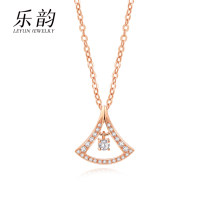 Necklace 18 karat gold Over 3000 yuan brand new Japan and South Korea female goods in stock yes Fresh out of the oven 21cm (inclusive) - 50cm (inclusive) no Below 10 cm Gold / K gold inlaid gems other other other Summer 2020 no Pure e-commerce (online only)