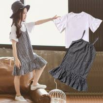 suit Other / other Three, four, five, six, seven, eight, nine, ten, eleven, twelve, thirteen, fourteen female summer Short sleeve + skirt leisure time Thin 2 pieces cotton lattice Condom Class A nothing There are models in the real shot children Black and white plaid sling suit