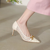 Low top shoes 34,35,36,37,38,39 Other / other white Sharp point Multi material splicing Fine heel High heel (5-8cm) Shallow mouth Pig skin Summer 2021 Trochanter Korean version Adhesive shoes Youth (18-40 years old) Solid color TPR (tendon) Single shoes Mesh, metal decoration Pig skin daily Mesh