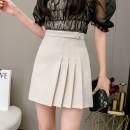 skirt Summer 2021 S,M,L,XL Off white, yellow, black Short skirt Versatile High waist Pleated skirt Solid color Type A 18-24 years old Et 81% (inclusive) - 90% (inclusive) other polyester fiber Button