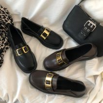 Low top shoes 35,36,37,38,39,40 Other / other Black, brown, black lining, brown lining, black single shoe Square head PVC chemical fiber Flat bottom Flat heel (1cm or less) Shallow mouth Two layer pigskin Spring 2021 Trochanter Korean version Solid color rubber T-strap  Buckles PU