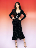 Dress Winter 2020 black S,M,L Mid length dress singleton  Long sleeves commute V-neck middle-waisted Solid color Socket A-line skirt routine Others 25-29 years old Type A Other / other Retro Bowknot, bright silk, inlaid diamond, gauze, resin fixation 51% (inclusive) - 70% (inclusive) brocade cotton