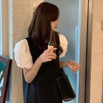 Fashion suit Summer 2021 Average size Bubble sleeve shirt, niche vest skirt