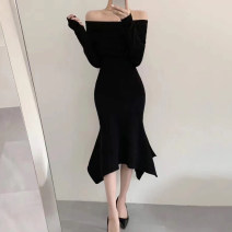 Dress Winter 2020 Khaki, red, black Average size Mid length dress singleton  Long sleeves commute One word collar Solid color 18-24 years old Other / other Korean version