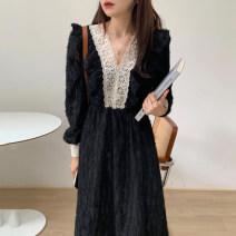 Dress Winter 2020 Black, beige Average size longuette singleton  Long sleeves commute V-neck 18-24 years old Other / other Korean version